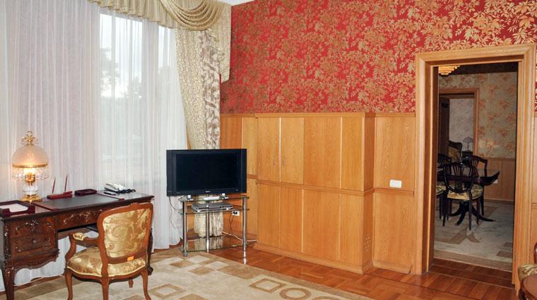 Санаторий красные Камни в Кисловодске. Кабинет 2 местного, 3 комнатного, Люкса