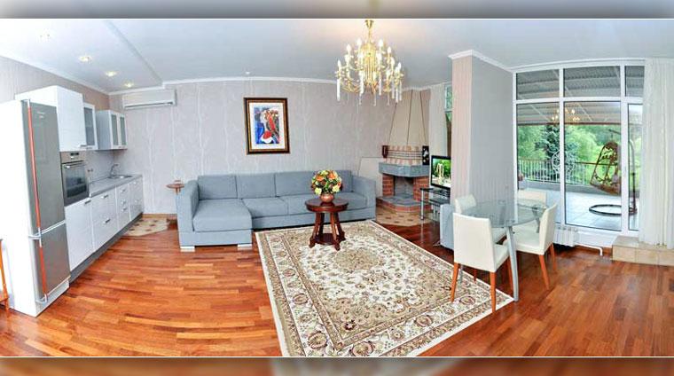 2 местные, 3 комнатные, Апартаменты с террасой в Отдых в санатории Вилла Арнест. Кисловодск