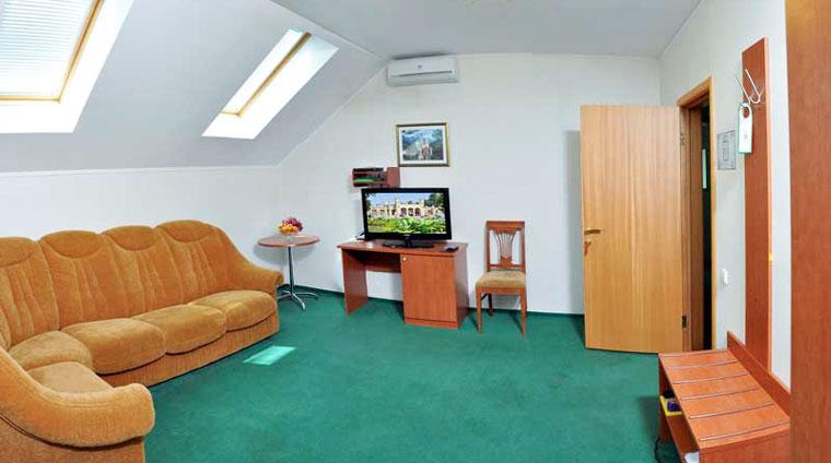 Гостиная 2 местного, 2 комнатного, Люкса санатория Вилла Арнест в Кисловодске