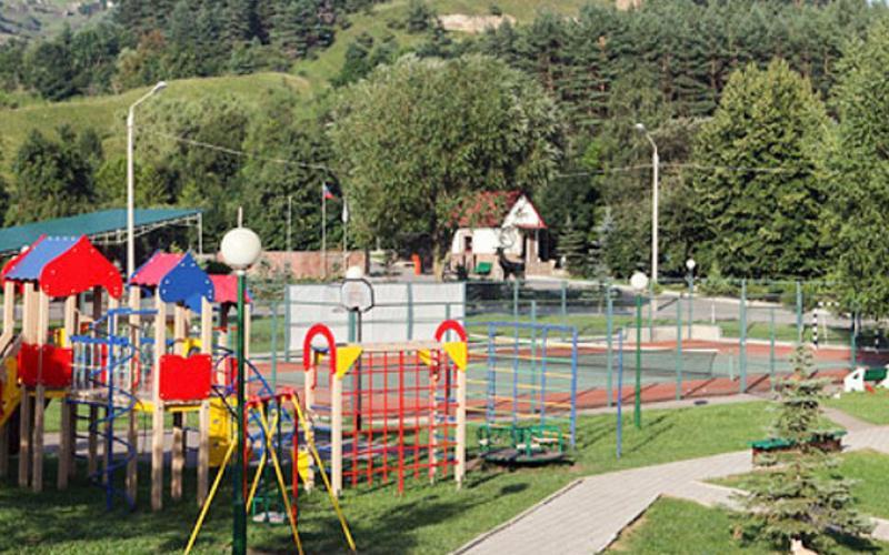 Детский комплекс на территории санатория Вилла Арнест в Кисловодске