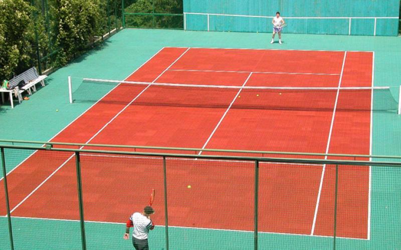 Фотография теннисного корта в санатории Красные камни в Кисловодске