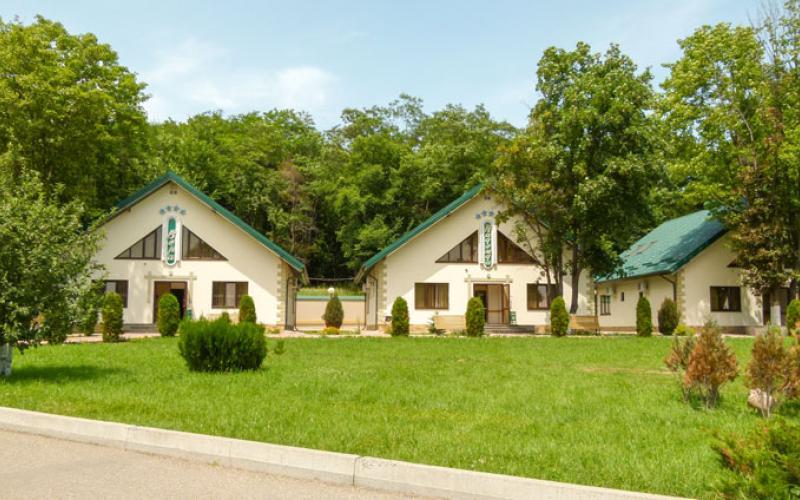 Спальные корпуса санатория Вилла Арнест в городе Кисловодск