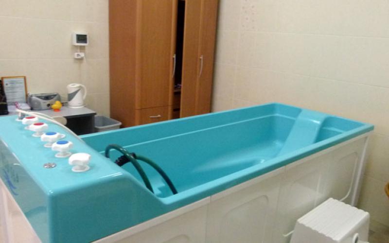 Подводный душ-массаж санатория Вилла Арнест. Кисловодск