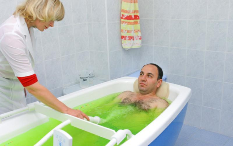 при хроническом простатите принимать горячую ванну